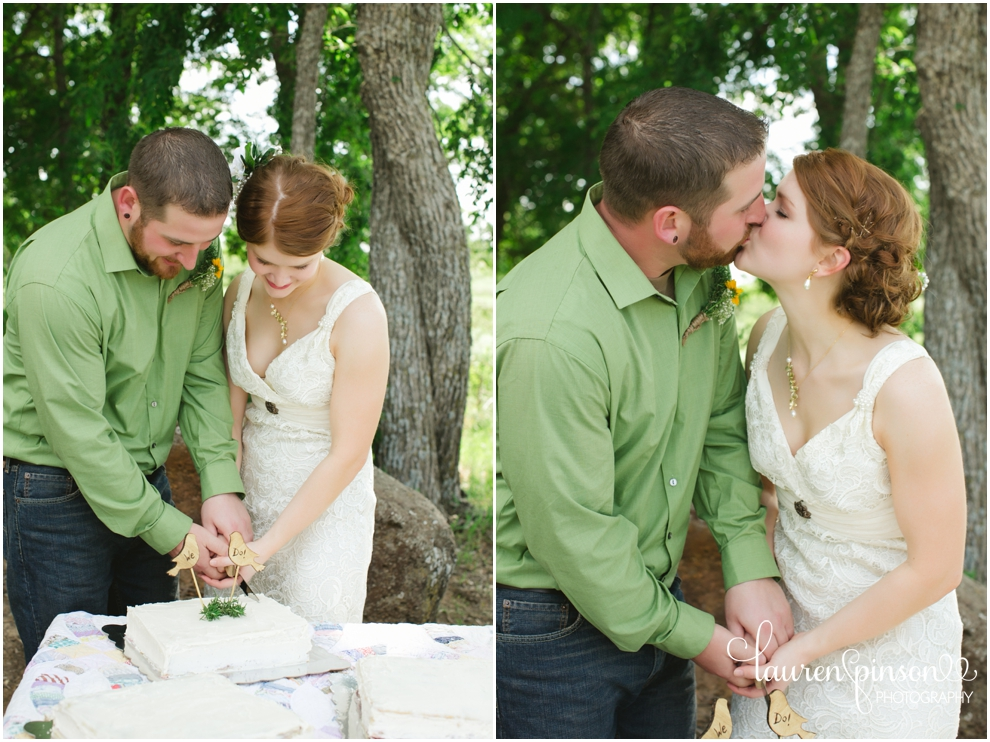 diy-gainesville-texas-wedding-at-7-wheel-ranch-near-sherman-texas-lace-rustic-by-lauren-pinson-photography_0223.jpg