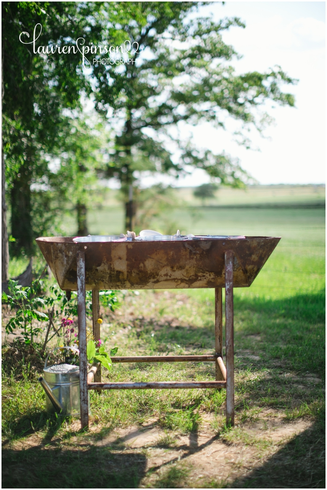 diy-gainesville-texas-wedding-at-7-wheel-ranch-near-sherman-texas-lace-rustic-by-lauren-pinson-photography_0235.jpg