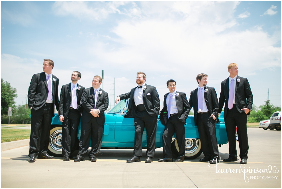 our-lady-queen-of-peace-in-wichita-falls-texas-wedding-by-lauren-pinson-photography-with-a-ford-thunderbird_0016.jpg