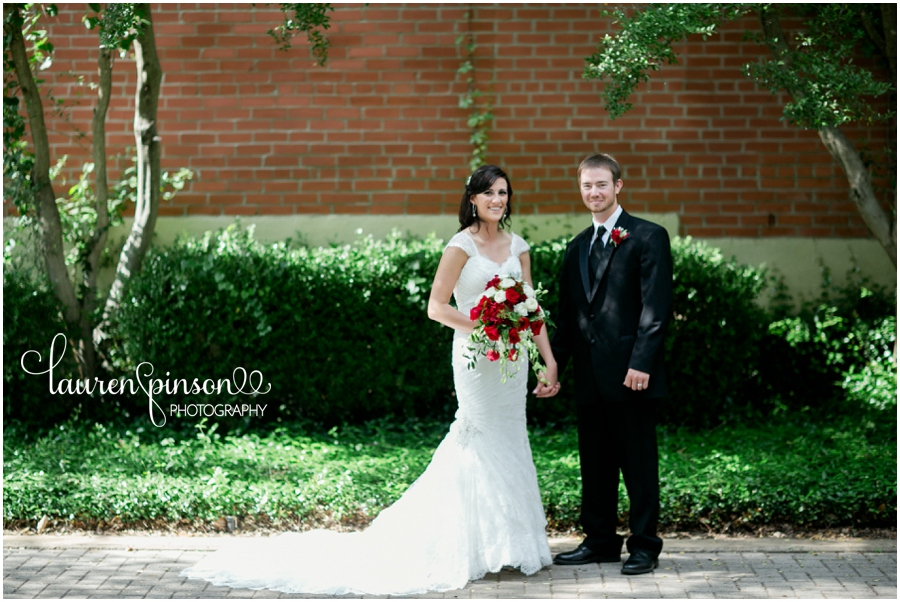 denison-texas-wedding-at-the-katy-depot-moms-bakery-red-lace-by-north-texas-wedding-photographer-in-june_0117.jpg