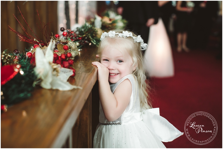 wichita-falls-country-club-christmas-wedding-burkburnett-methodist-church-red-green-first-look-brad-and-heather-wedding-photography_0407.jpg