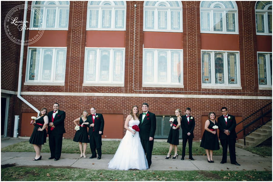wichita-falls-country-club-christmas-wedding-burkburnett-methodist-church-red-green-first-look-brad-and-heather-wedding-photography_0410.jpg