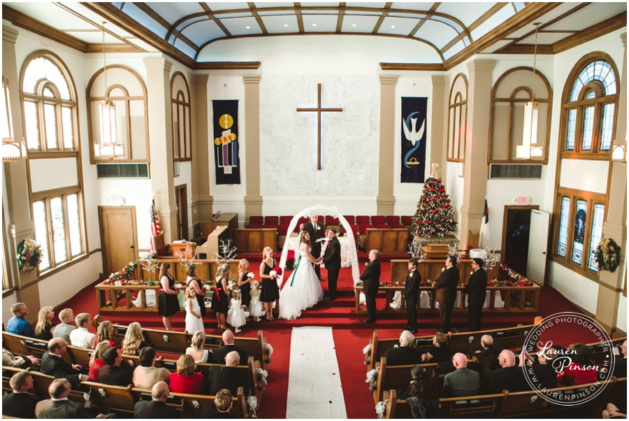 wichita-falls-country-club-christmas-wedding-burkburnett-methodist-church-red-green-first-look-brad-and-heather-wedding-photography_0413.jpg