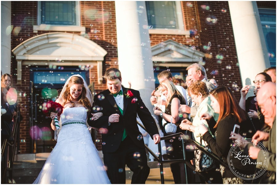 wichita-falls-country-club-christmas-wedding-burkburnett-methodist-church-red-green-first-look-brad-and-heather-wedding-photography_0417.jpg
