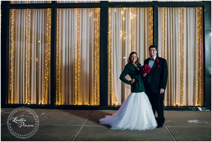 wichita-falls-country-club-christmas-wedding-burkburnett-methodist-church-red-green-first-look-brad-and-heather-wedding-photography_0422.jpg