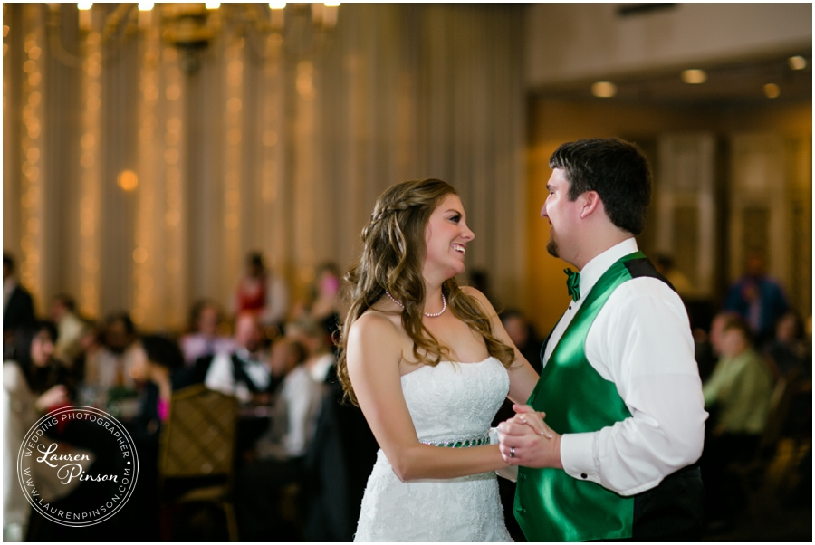 wichita-falls-country-club-christmas-wedding-burkburnett-methodist-church-red-green-first-look-brad-and-heather-wedding-photography_0425.jpg
