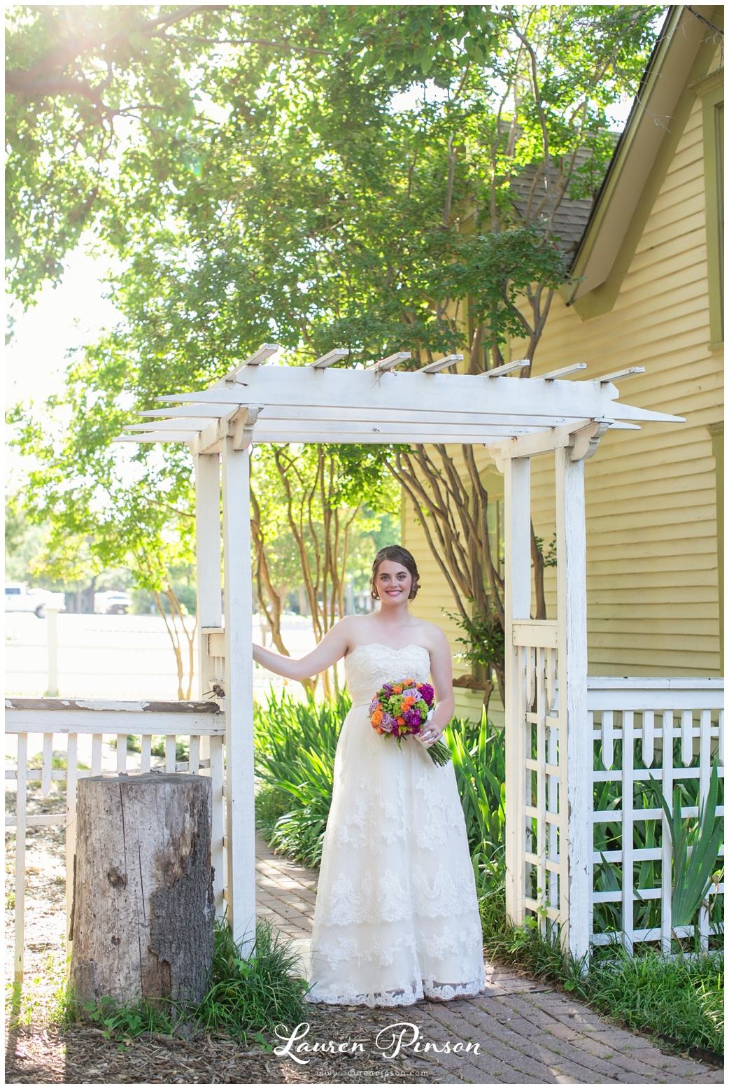 chestnut-square-downtown-mckinney-texas-wedding-photographer-sherman-northtexas-bridal-portraits-photography_0207.jpg
