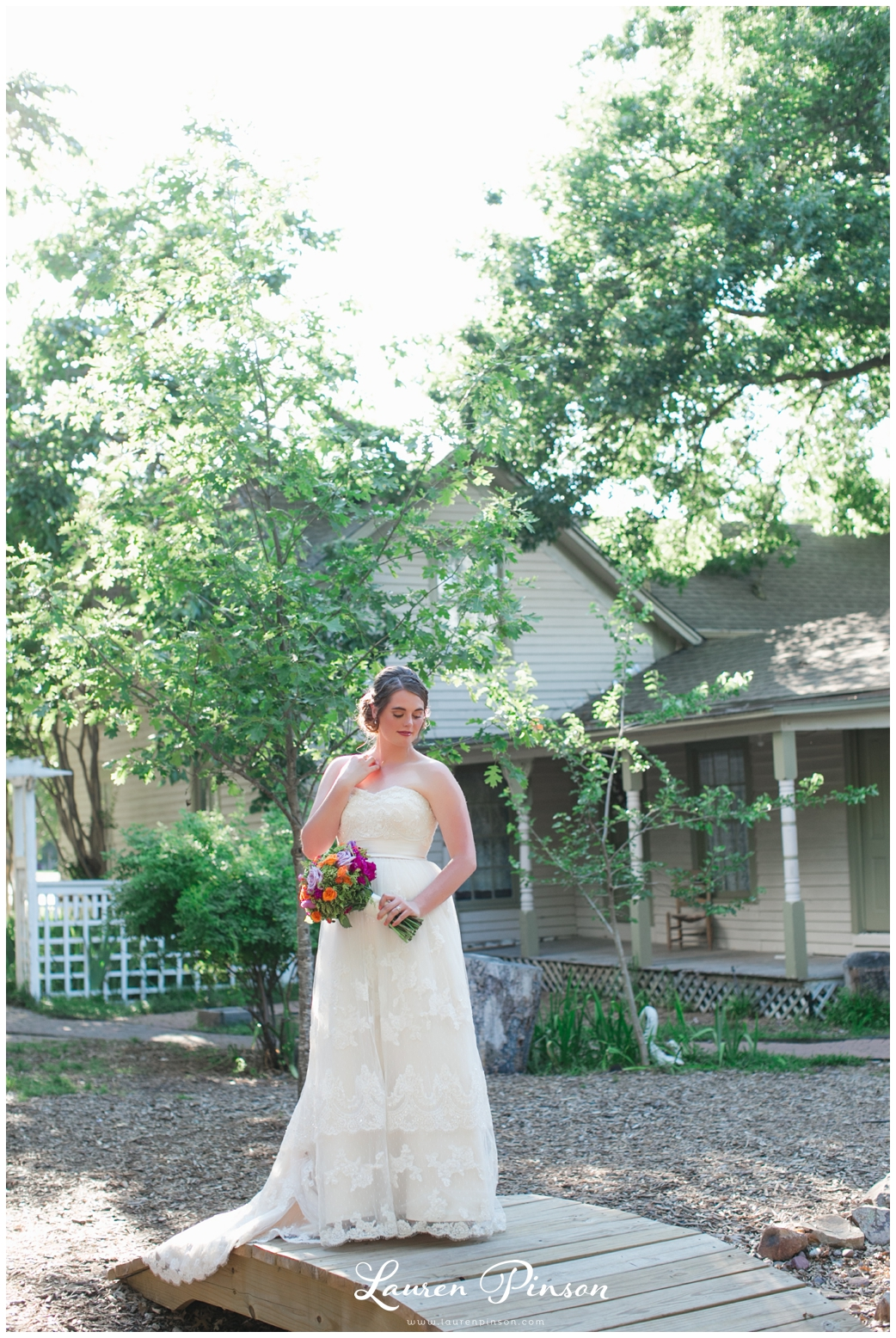 chestnut-square-downtown-mckinney-texas-wedding-photographer-sherman-northtexas-bridal-portraits-photography_0209.jpg