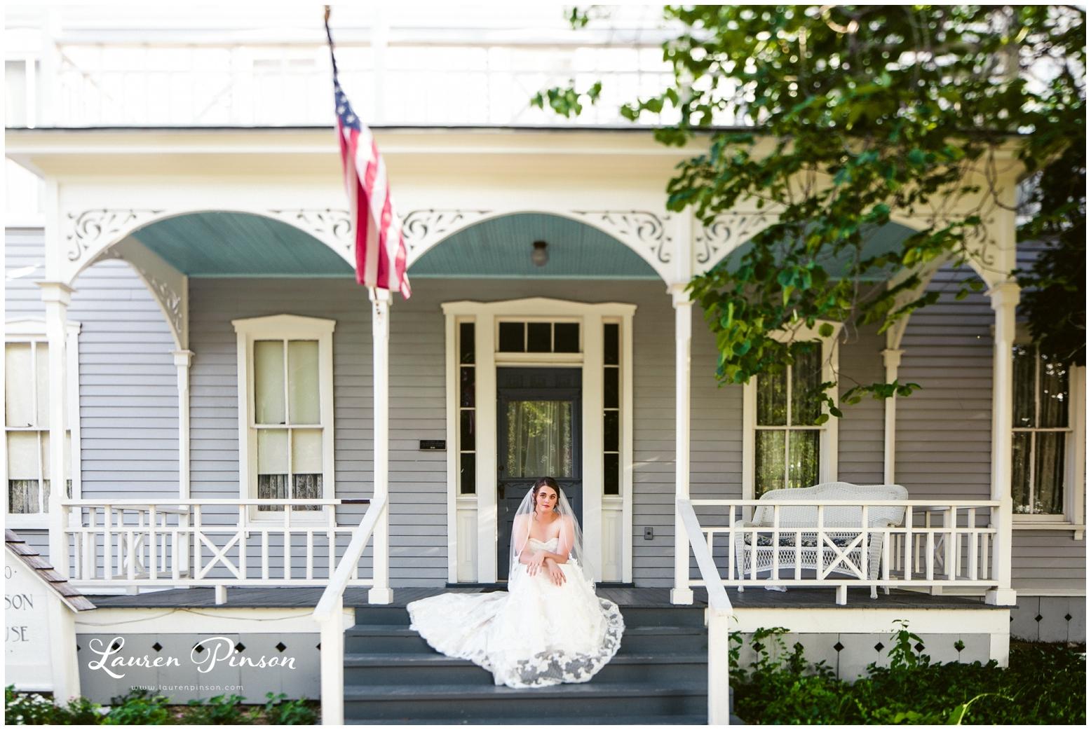 chestnut-square-downtown-mckinney-texas-wedding-photographer-sherman-northtexas-bridal-portraits-photography_0212.jpg