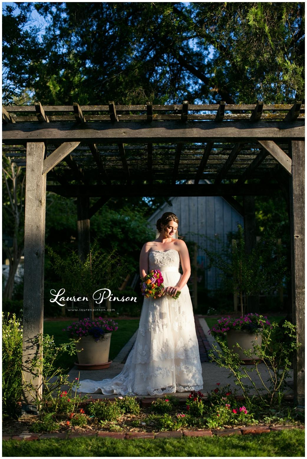chestnut-square-downtown-mckinney-texas-wedding-photographer-sherman-northtexas-bridal-portraits-photography_0222.jpg
