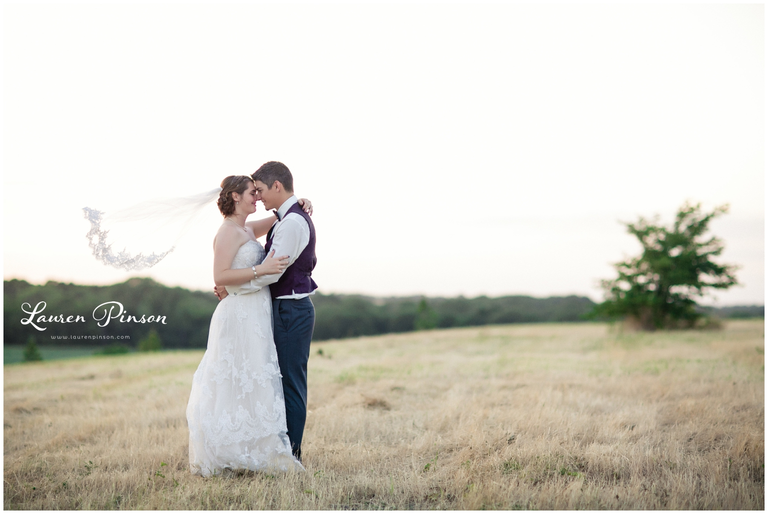 anna-texas-wedding-at-heritage-springs-by-the-springs-events-holly-villes-designs-texas-wedding-photography-mckinney-texas-hill-country-fredericksburg_0291.jpg
