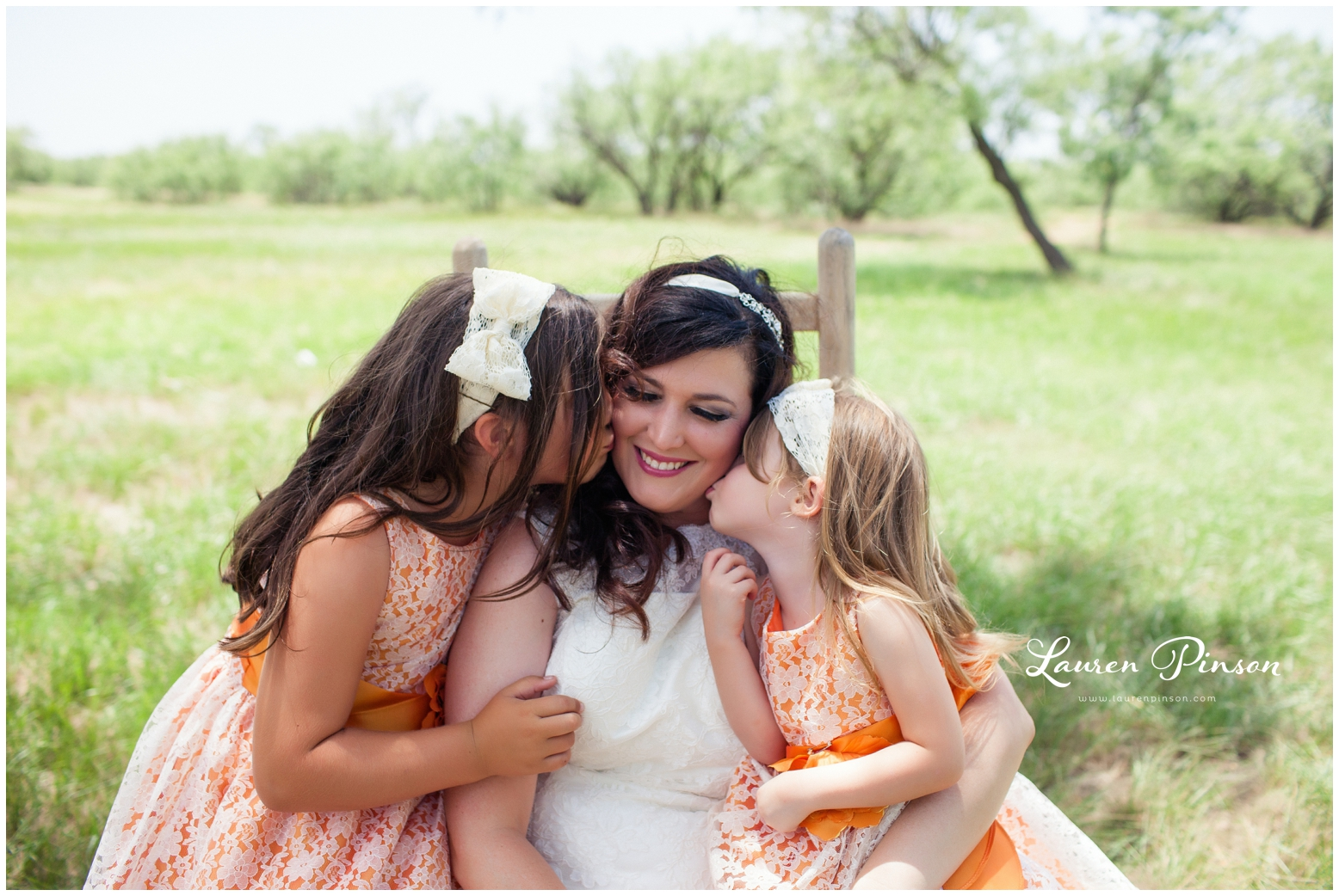 wichita-falls-coyote-ranch-resort-wedding-texas-photography-family-ceremony-balloons-rustic-lace_0317.jpg