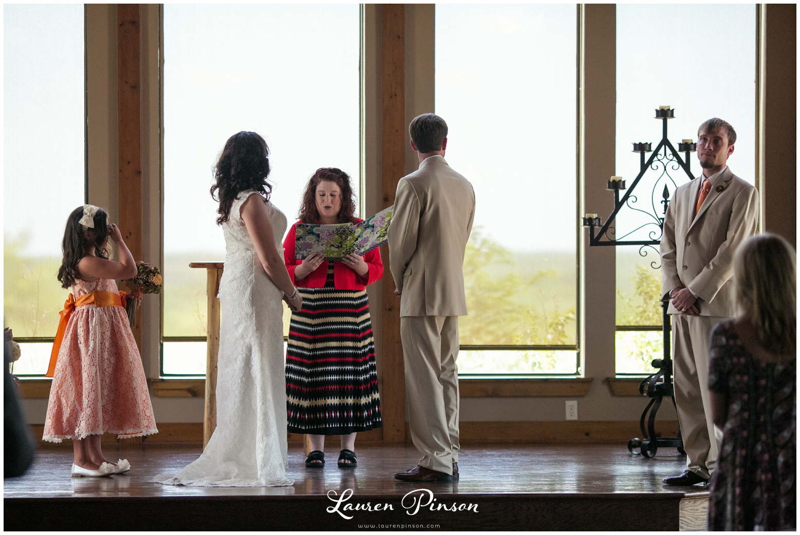 wichita-falls-coyote-ranch-resort-wedding-texas-photography-family-ceremony-balloons-rustic-lace_0328.jpg
