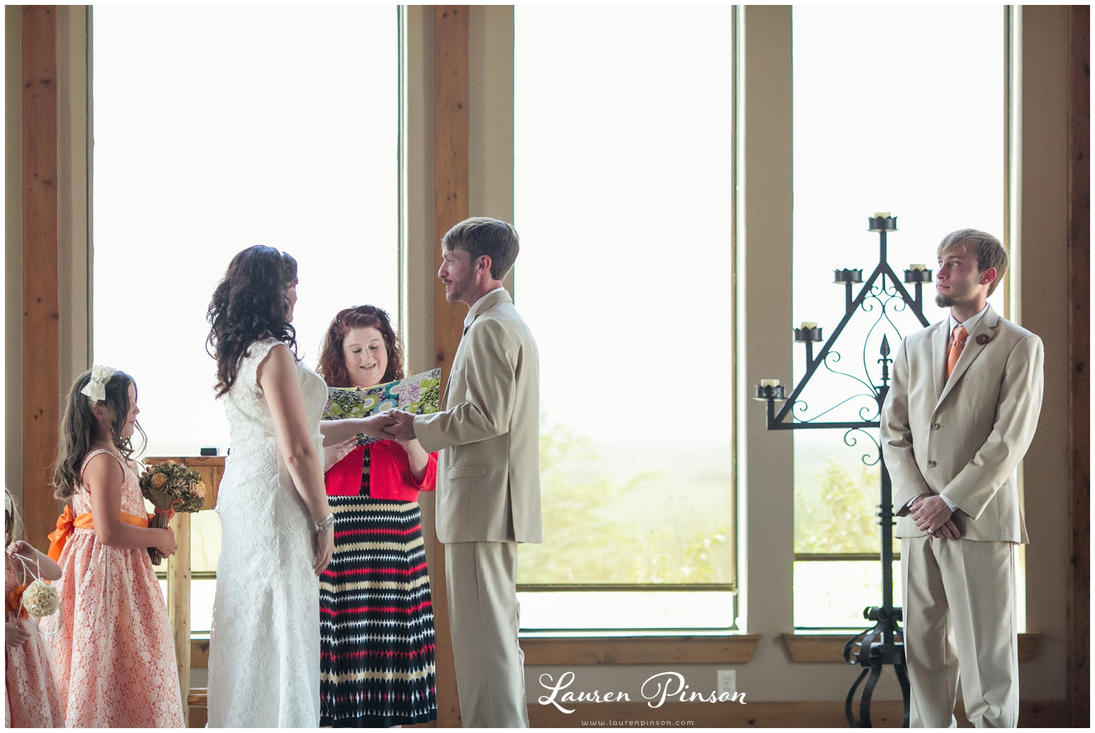 wichita-falls-coyote-ranch-resort-wedding-texas-photography-family-ceremony-balloons-rustic-lace_0330.jpg