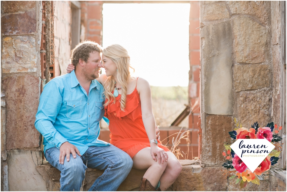wichita-falls-wedding-photographer-engagement-session-texas-photography-oklahoma-engagement-wedding-photography_0638.jpg