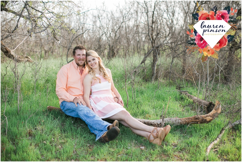 wichita-falls-wedding-photographer-engagement-session-texas-photography-oklahoma-engagement-wedding-photography_0647.jpg