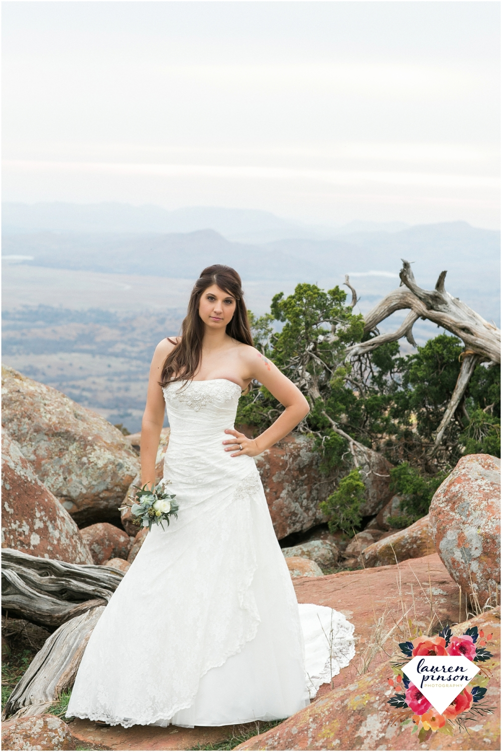 wichita-falls-wedding-photographer-oklahoma-wichita-mountains-bridal-session-bridals-photography_0679.jpg