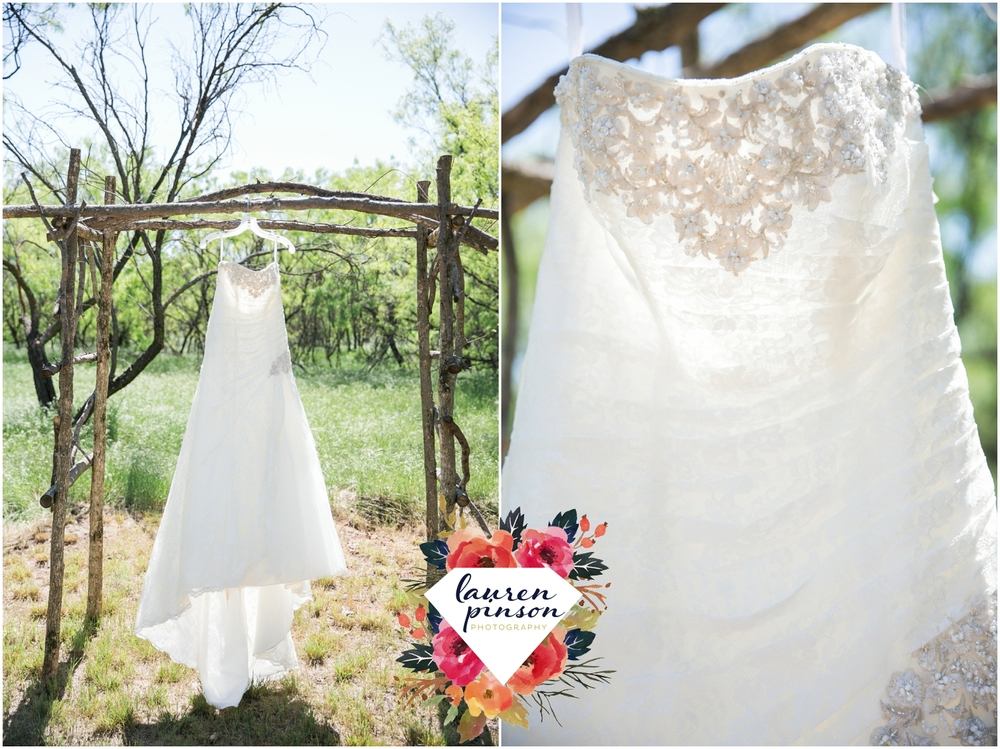 wichita-falls-wedding-photographer-oklahoma-wichita-mountains-bridal-session-bridals-photography_0703.jpg