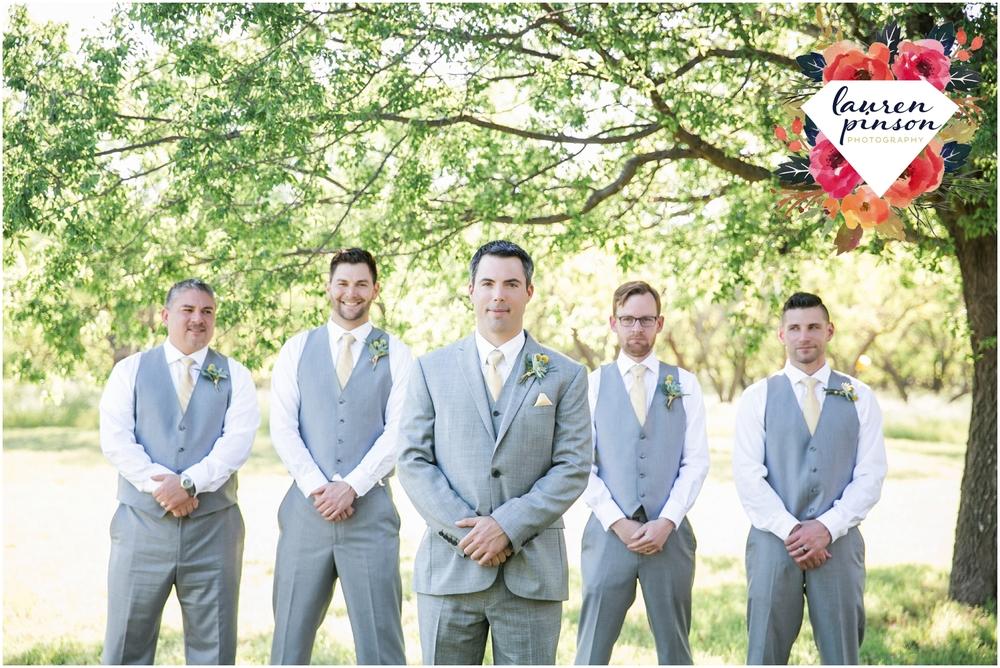 wichita-falls-wedding-photographer-oklahoma-wichita-mountains-bridal-session-bridals-photography_0727.jpg
