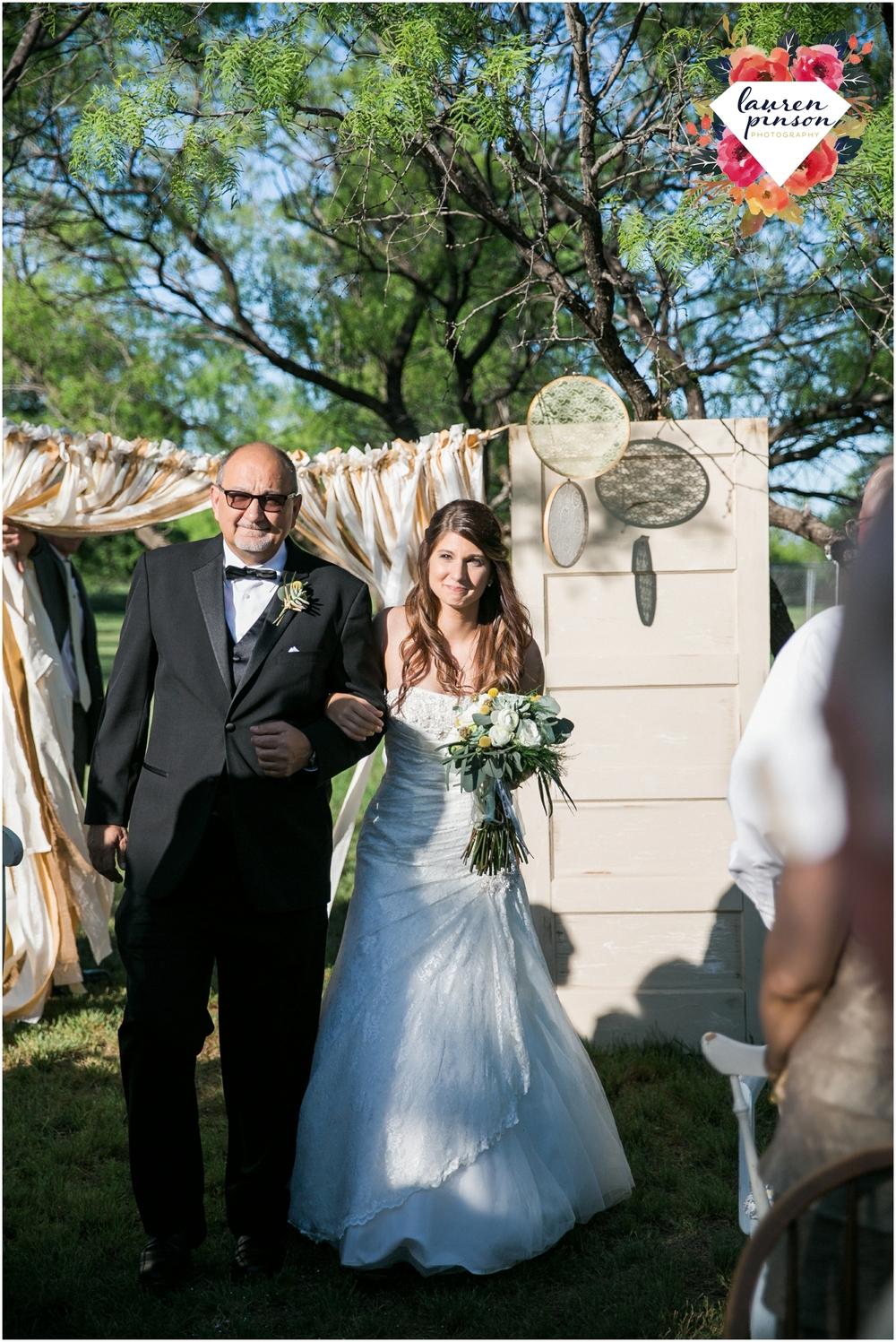 wichita-falls-wedding-photographer-oklahoma-wichita-mountains-bridal-session-bridals-photography_0735.jpg