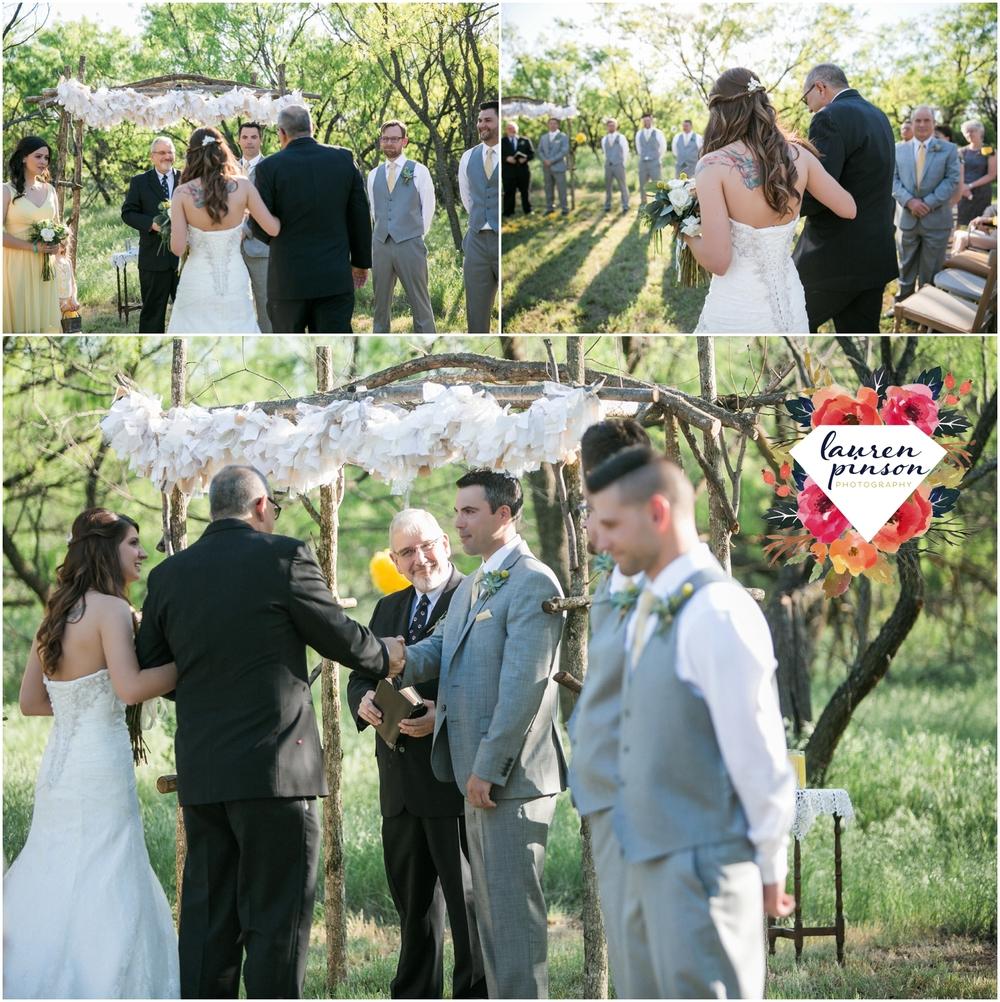 wichita-falls-wedding-photographer-oklahoma-wichita-mountains-bridal-session-bridals-photography_0736.jpg