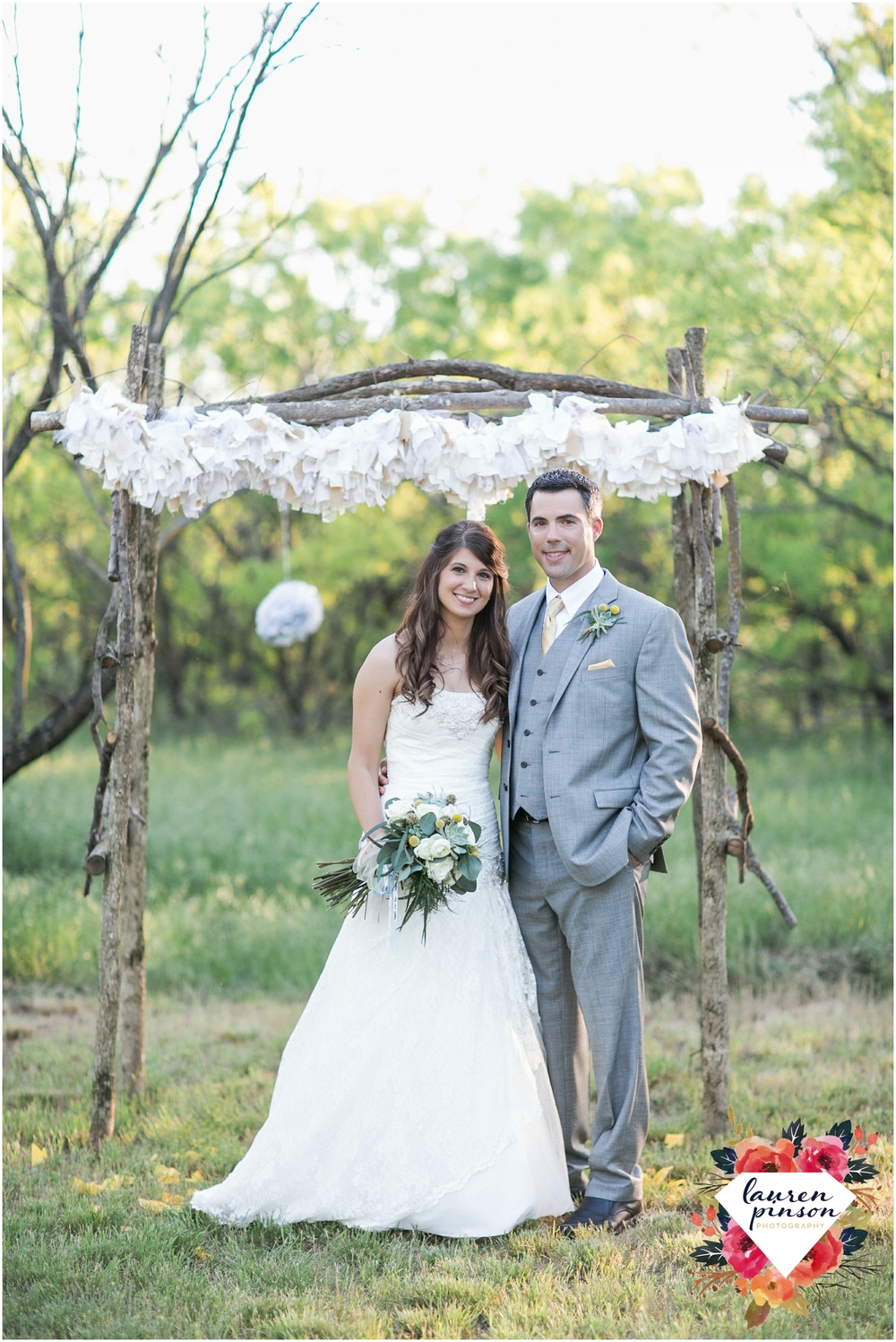wichita-falls-wedding-photographer-oklahoma-wichita-mountains-bridal-session-bridals-photography_0756.jpg