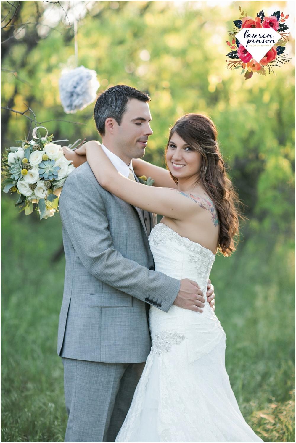 wichita-falls-wedding-photographer-oklahoma-wichita-mountains-bridal-session-bridals-photography_0761.jpg