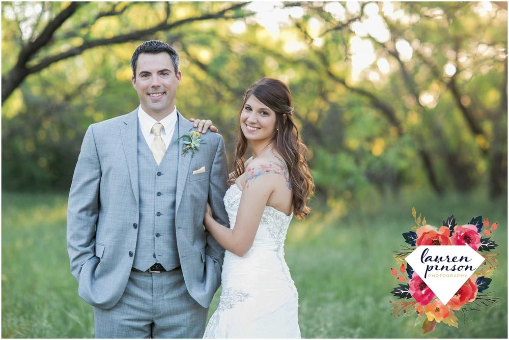 wichita-falls-wedding-photographer-oklahoma-wichita-mountains-bridal-session-bridals-photography_0766.jpg