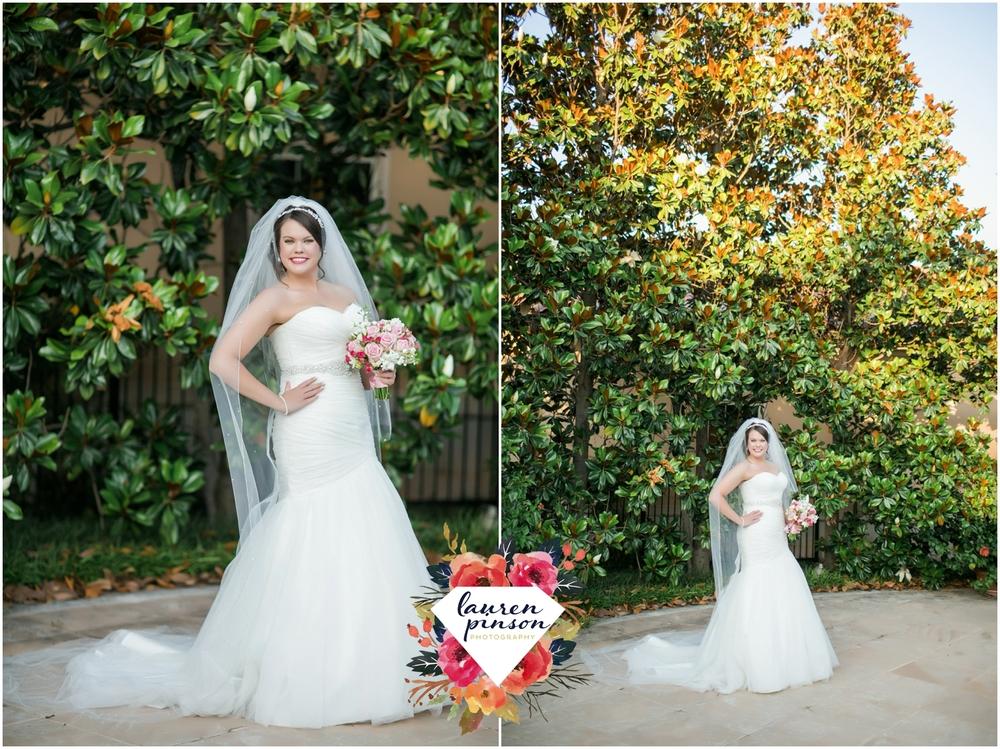 wichita-falls-wedding-photographer-kemp-center-at-the-forum-photography_0976.jpg