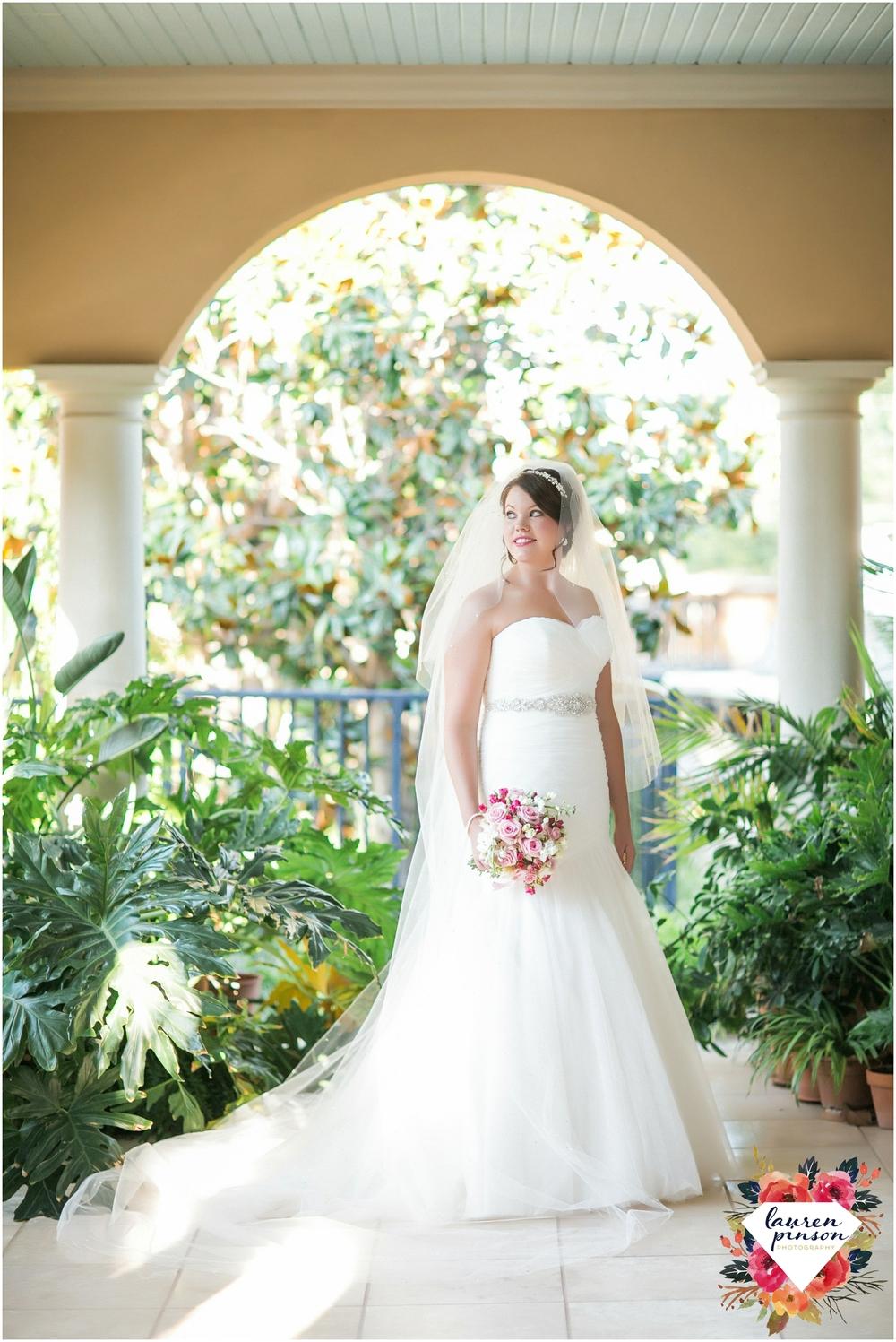 wichita-falls-wedding-photographer-kemp-center-at-the-forum-photography_0983.jpg