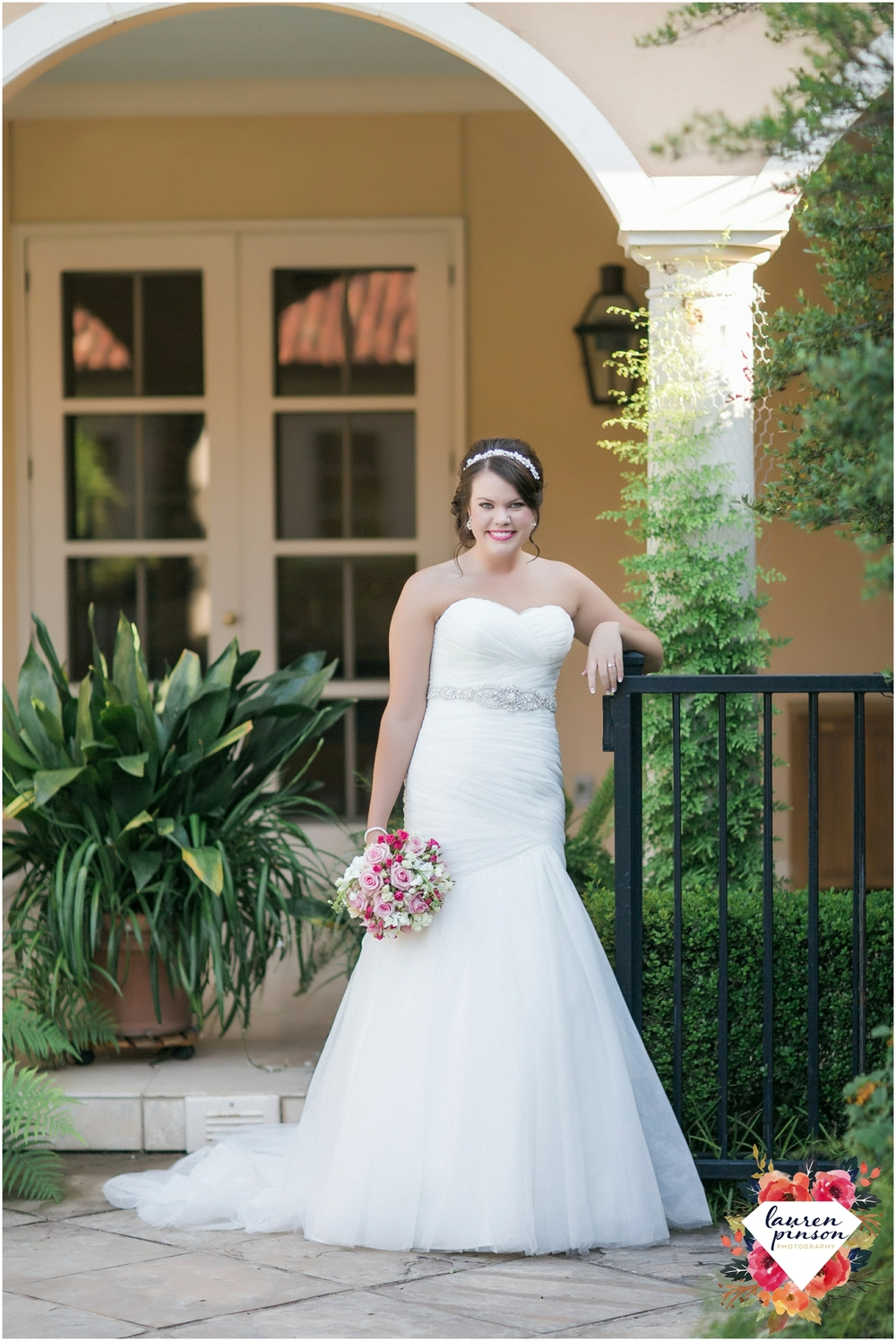 wichita-falls-wedding-photographer-kemp-center-at-the-forum-photography_0984.jpg