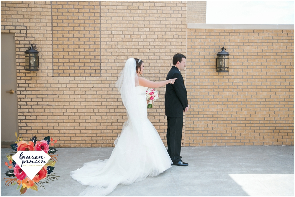 wichita-falls-wedding-photographer-kemp-center-at-the-forum-photography-two-clever-chicks_1002.jpg