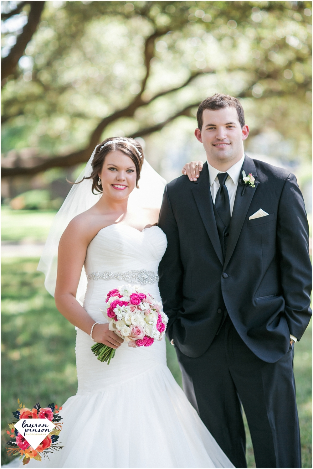 wichita-falls-wedding-photographer-kemp-center-at-the-forum-photography-two-clever-chicks_1008.jpg