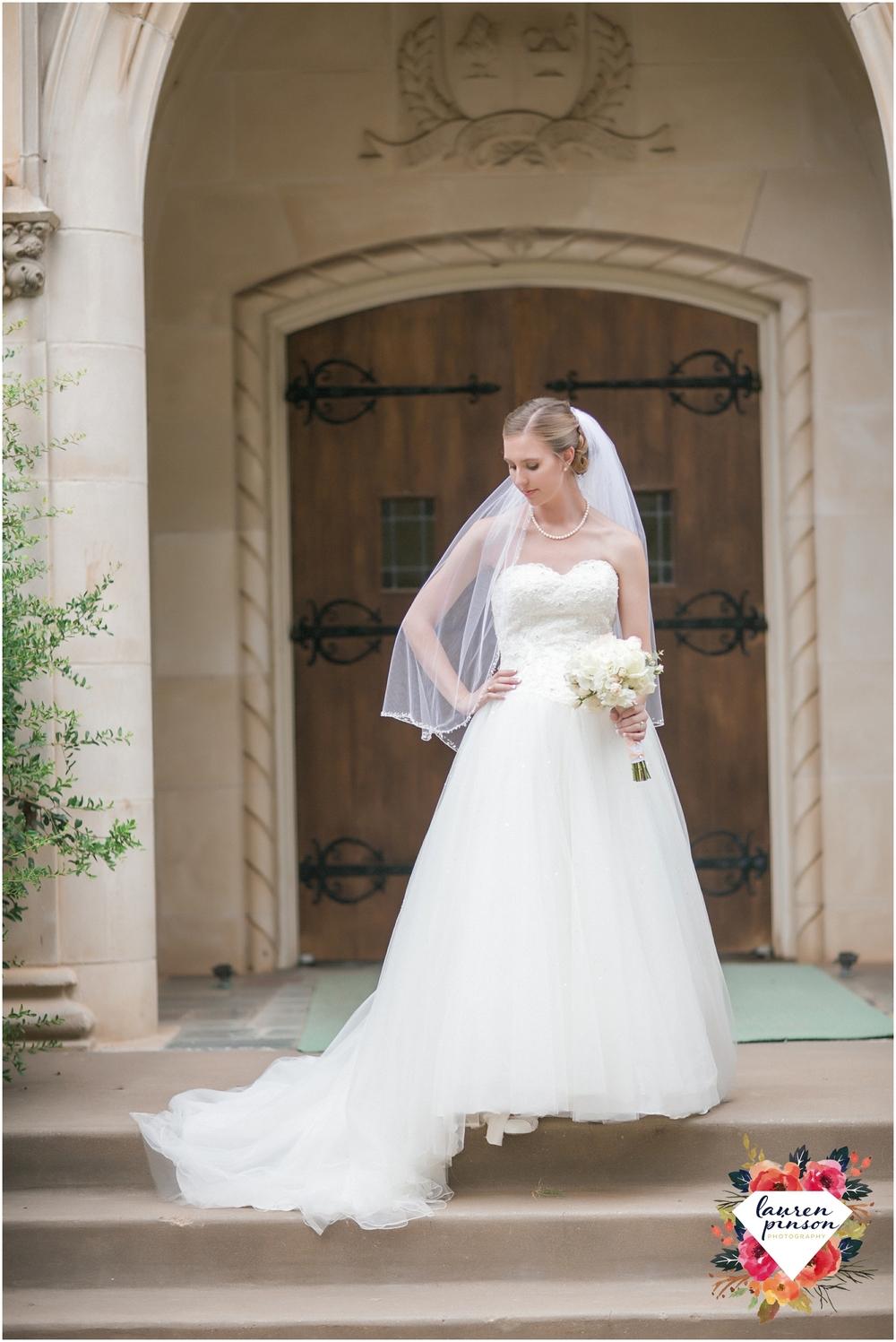 wichita-falls-wedding-photography-at-fain-presbyterian-church-and-the-wellington-timeless-classic-modern-photographer_1124.jpg