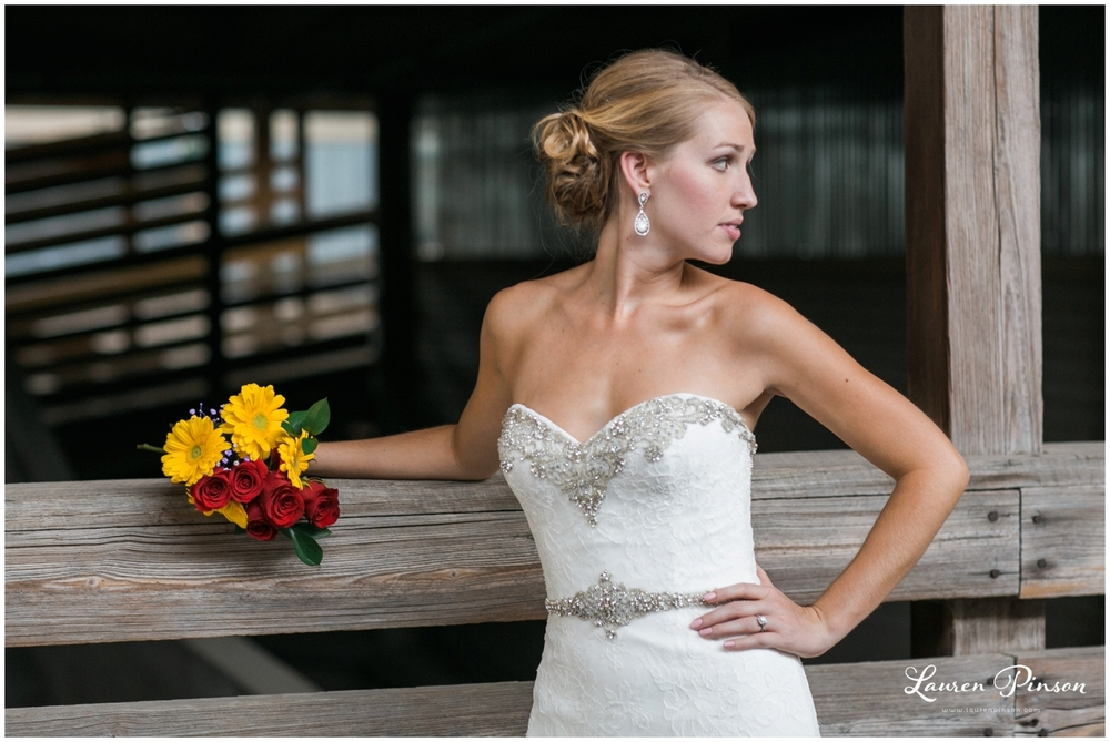 fort-worth-bridal-session-at-the-stockyards-fort-worth-wedding-photographer-wichita-falls-wedding-photographer_1331.jpg