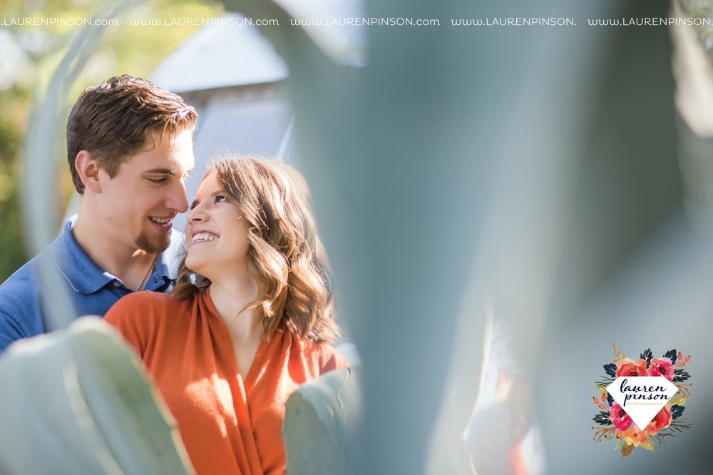 austin-texas-engagement-session-photography-by-wichita-falls-wedding-photgraphy-lauren-pinson_1376.jpg