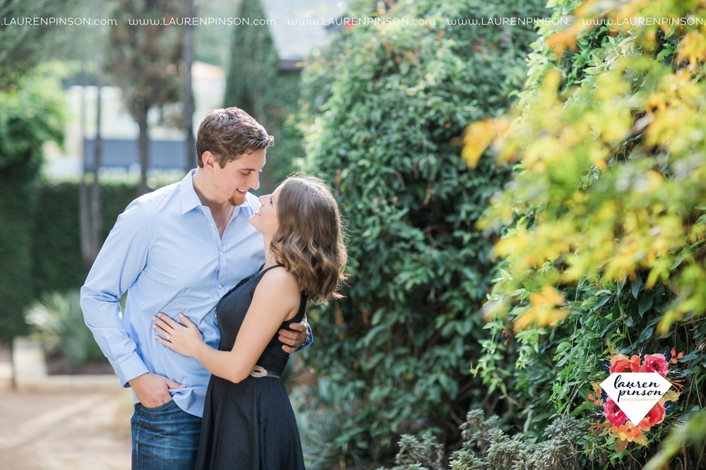austin-texas-engagement-session-photography-by-wichita-falls-wedding-photgraphy-lauren-pinson_1387.jpg