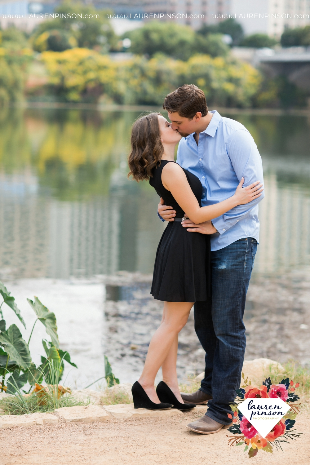 austin-texas-engagement-session-photography-by-wichita-falls-wedding-photgraphy-lauren-pinson_1403.jpg