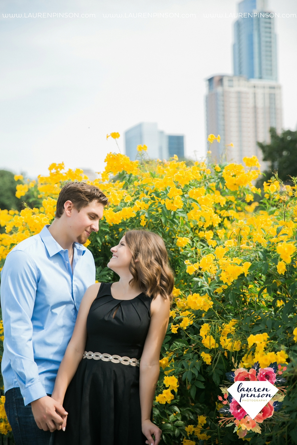 austin-texas-engagement-session-photography-by-wichita-falls-wedding-photgraphy-lauren-pinson_1406.jpg