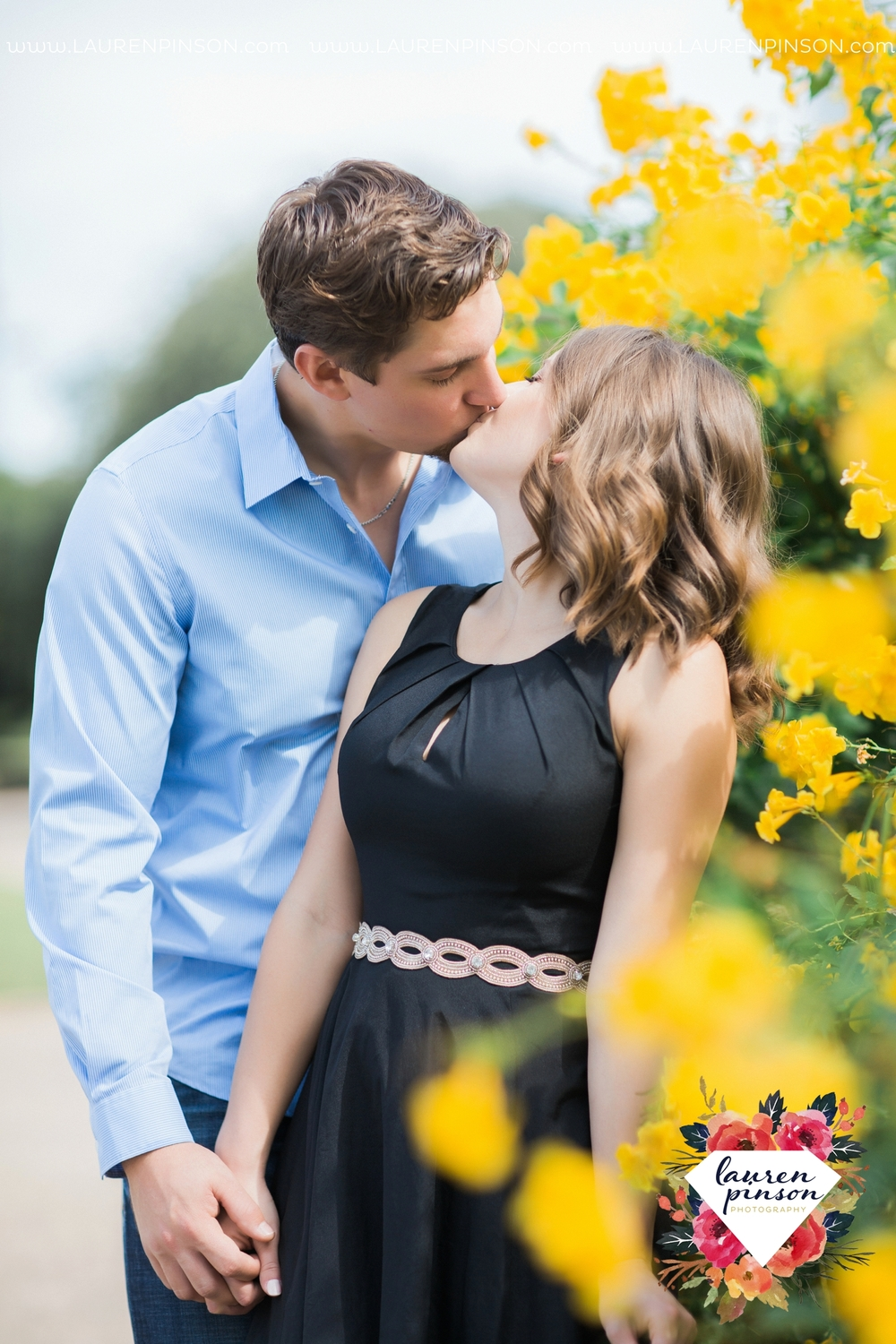 austin-texas-engagement-session-photography-by-wichita-falls-wedding-photgraphy-lauren-pinson_1407.jpg