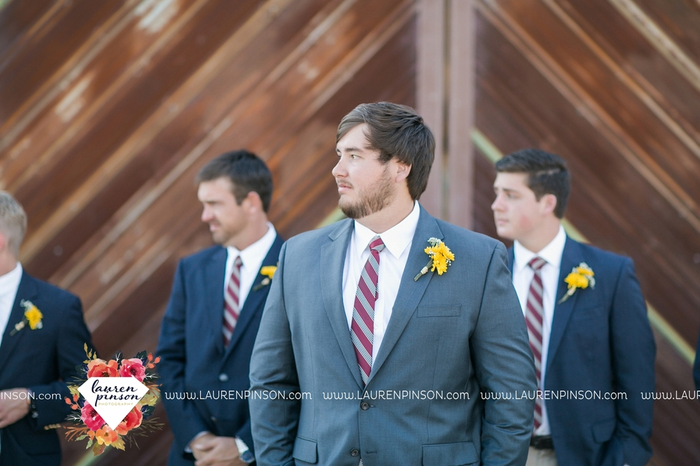 fort-worth-dfw-wedding-photographer-cleburne-jones-barns-at-willow-creek-ranch-wichita-falls-wedding-photographer-waco-texas-047.jpg
