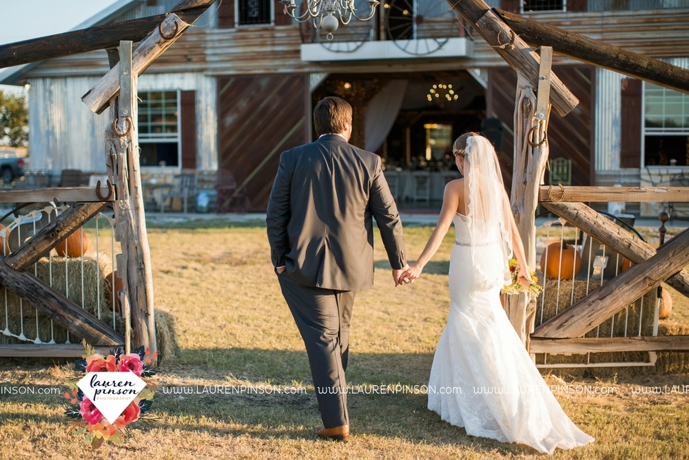 fort-worth-dfw-wedding-photographer-cleburne-jones-barns-at-willow-creek-ranch-wichita-falls-wedding-photographer-waco-texas-076.jpg