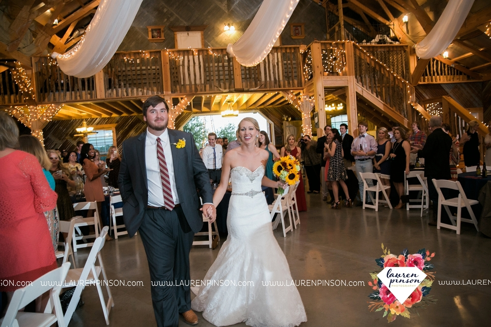fort-worth-dfw-wedding-photographer-cleburne-jones-barns-at-willow-creek-ranch-wichita-falls-wedding-photographer-waco-texas-101.jpg