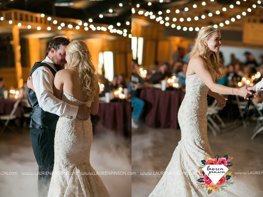 rustic-wichita-falls-texas-wedding-photographer-gold-glam-mayfield-events-market-street-united-allue-bridals-fall_1785.jpg