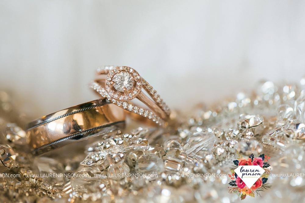 bells-texas-wedding-photography-at-willowood-ranch-chapel-north-texas-wichita-falls-wedding-photographer_1813.jpg