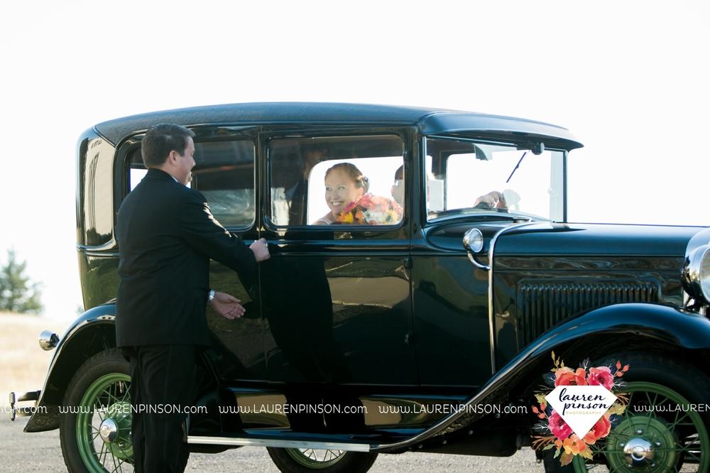 bells-texas-wedding-photography-at-willowood-ranch-chapel-north-texas-wichita-falls-wedding-photographer_1825.jpg