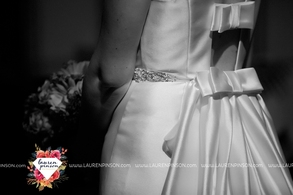 bells-texas-wedding-photography-at-willowood-ranch-chapel-north-texas-wichita-falls-wedding-photographer_1883.jpg