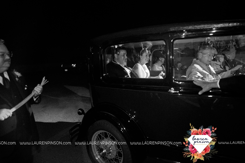 bells-texas-wedding-photography-at-willowood-ranch-chapel-north-texas-wichita-falls-wedding-photographer_1911.jpg