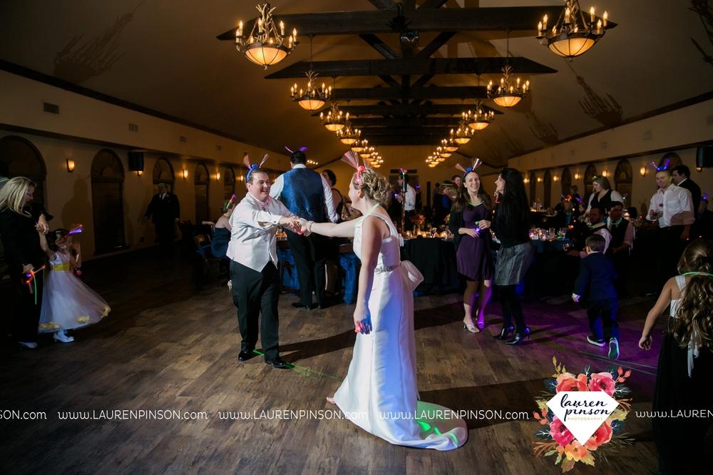 bells-texas-wedding-photography-at-willowood-ranch-chapel-north-texas-wichita-falls-wedding-photographer_1905.jpg