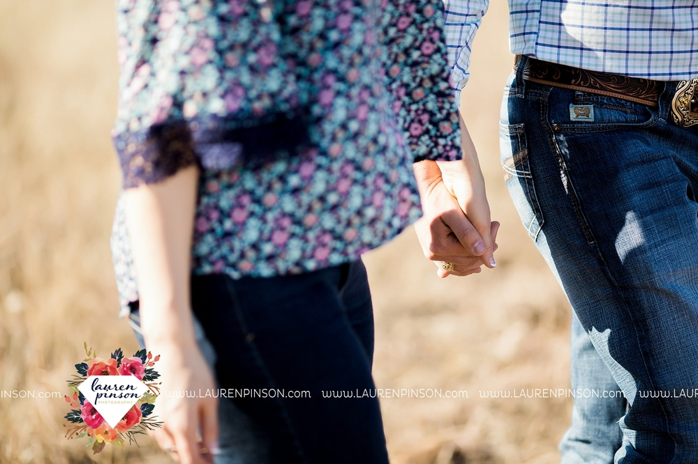 wichita-falls-texas-engagement-photographer-wedding-oklahoma-lawton-wichita-mountains-refuge-outdoors-mountains-engaged_2039.jpg
